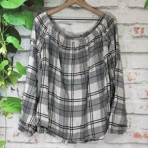🌷Cloth & Stone Off the Shoulder Plaid Blouse🌷